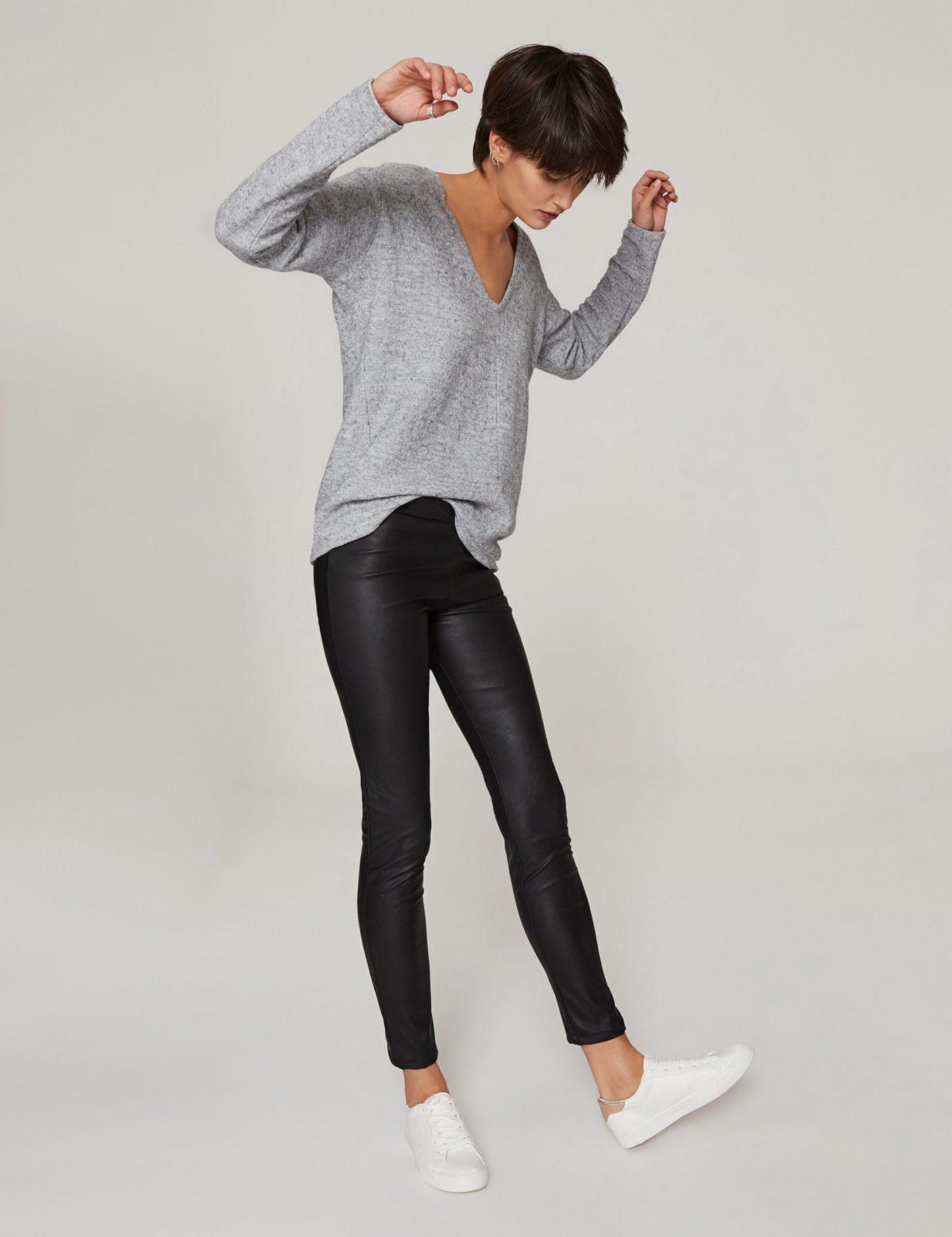 spodnie-ze-sztucznej-skory-02
