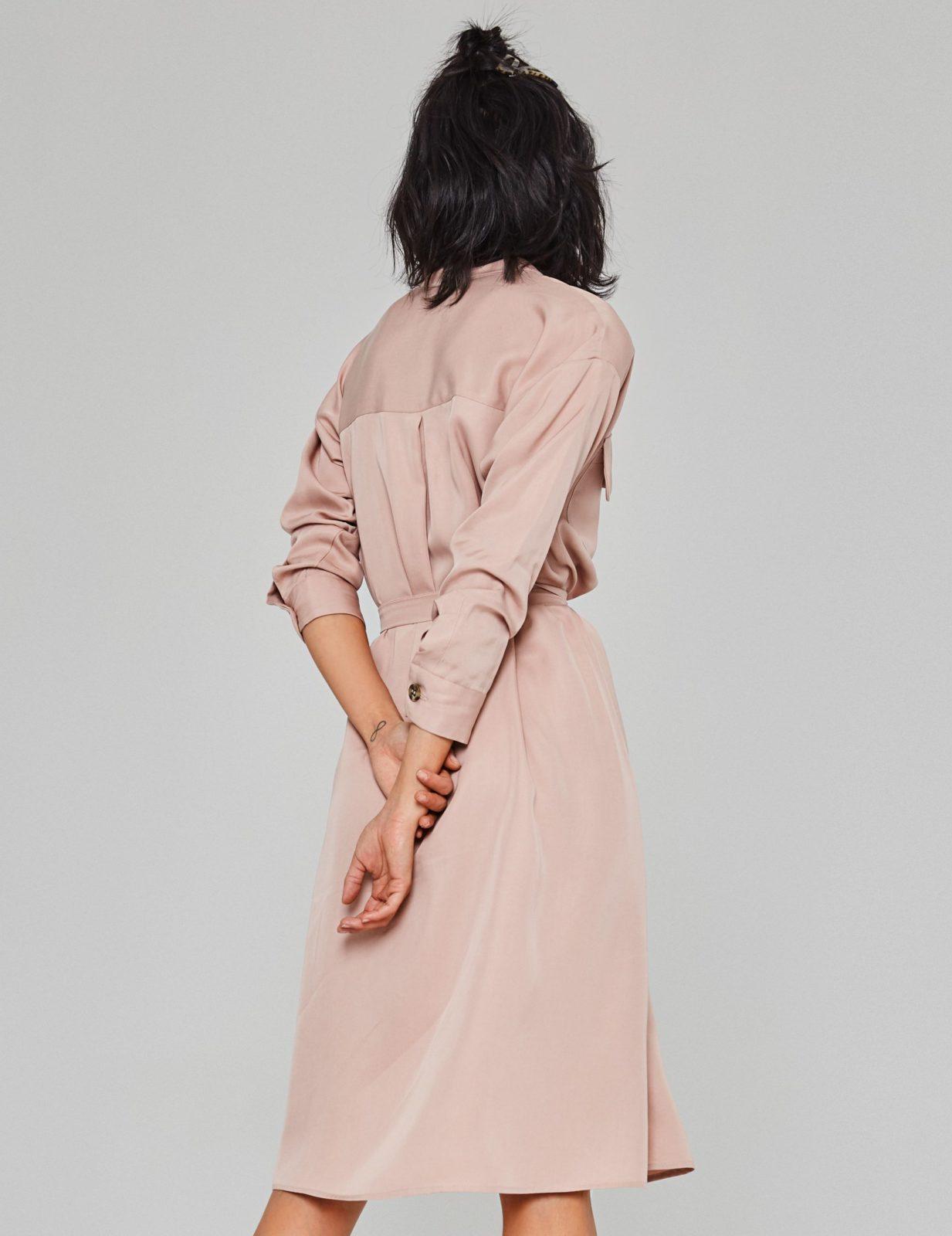 sukienka koszulowa z wiskozy 03