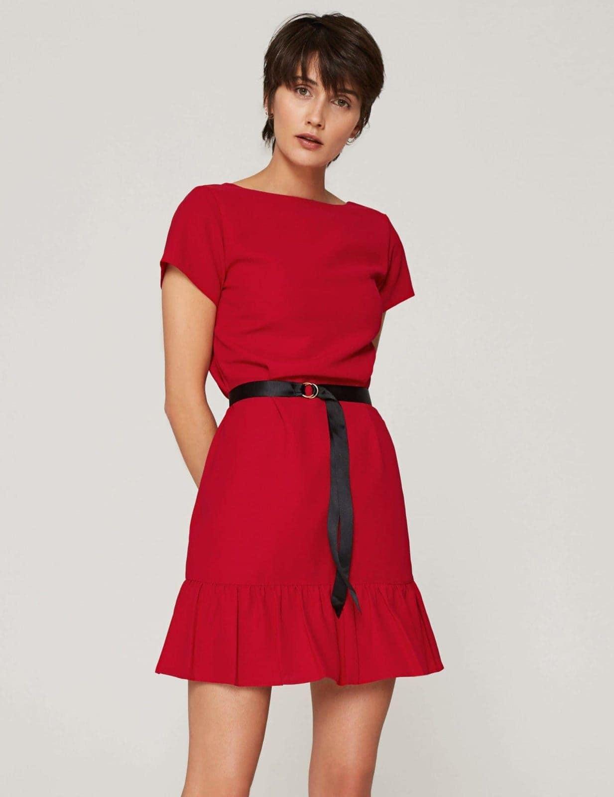 sukienka-z-dekoltem-v-czerwona-03