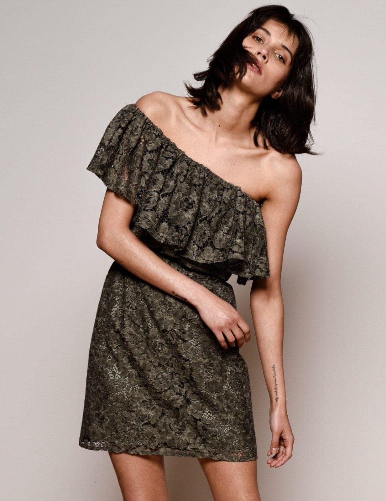 sukienka-z-falbana-khaki-02a