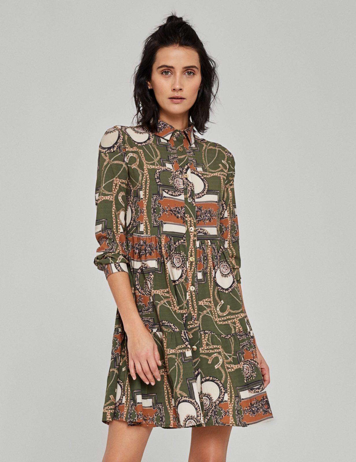 sukienka z nadrukiem w lancuchy 3