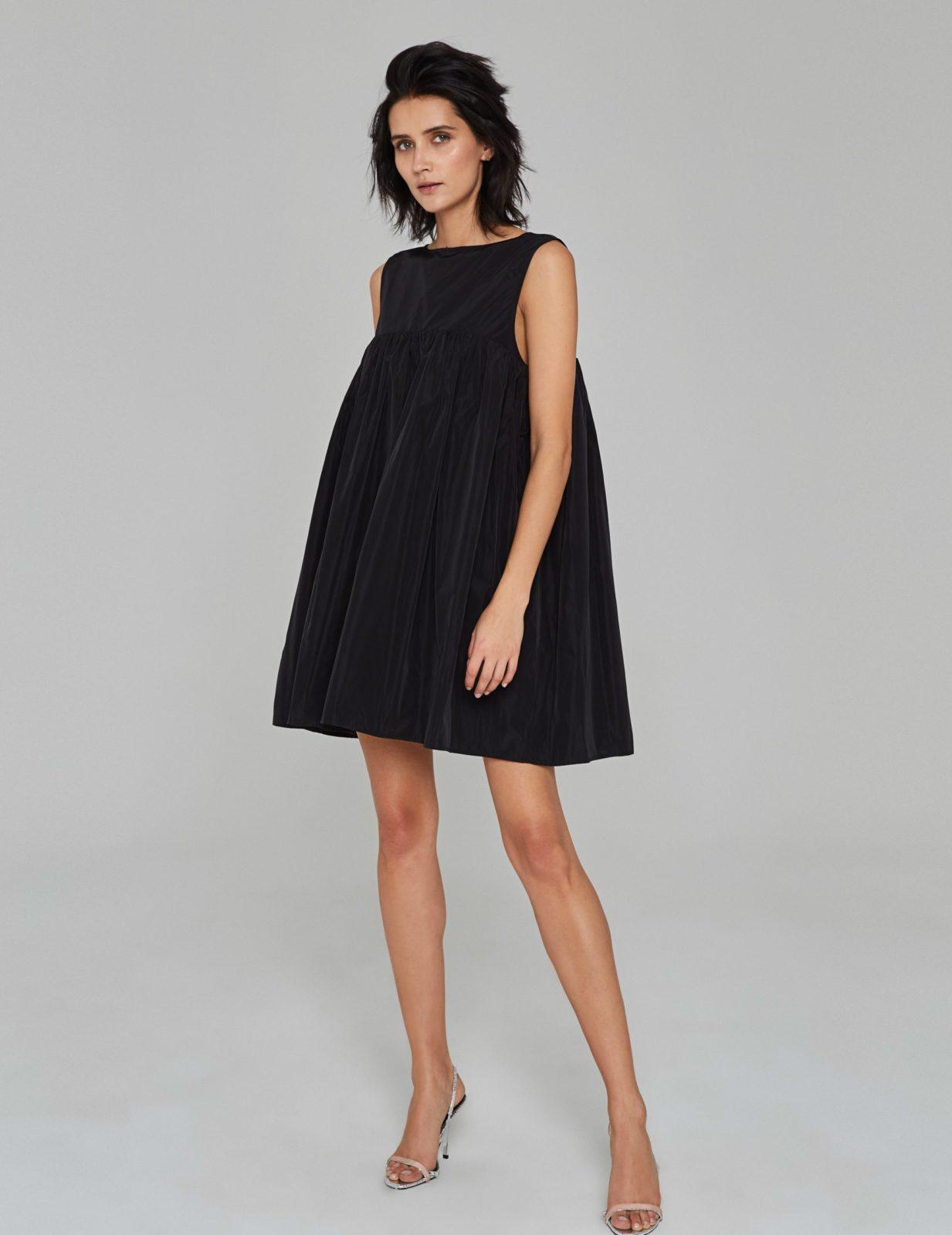 sukienka z tafty z falbana cz 01